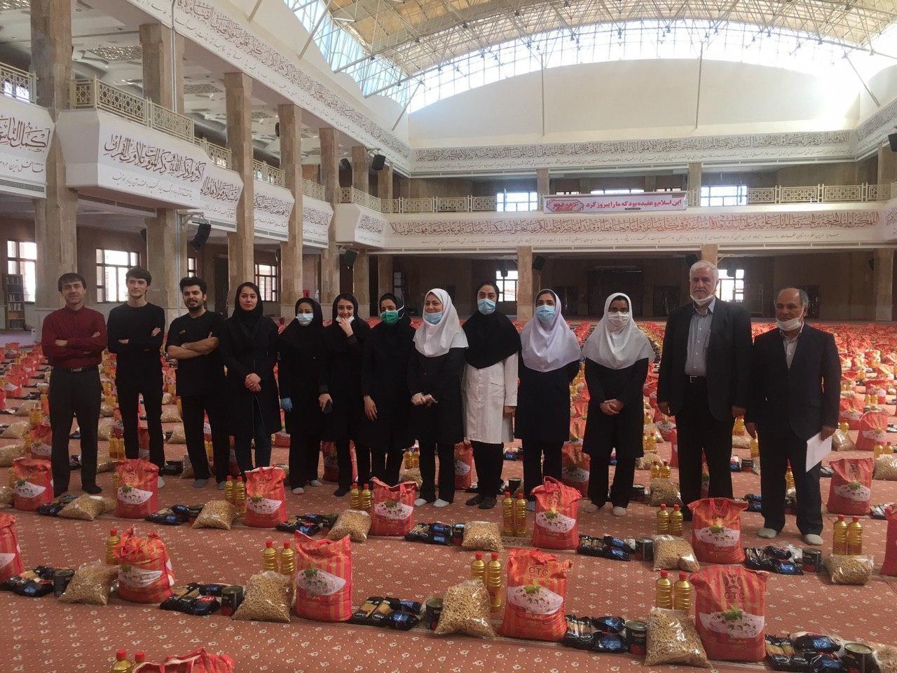 قرار است در گام نخست ۵ هزار بسته غذایی بین محرومان استان توزیع شود
